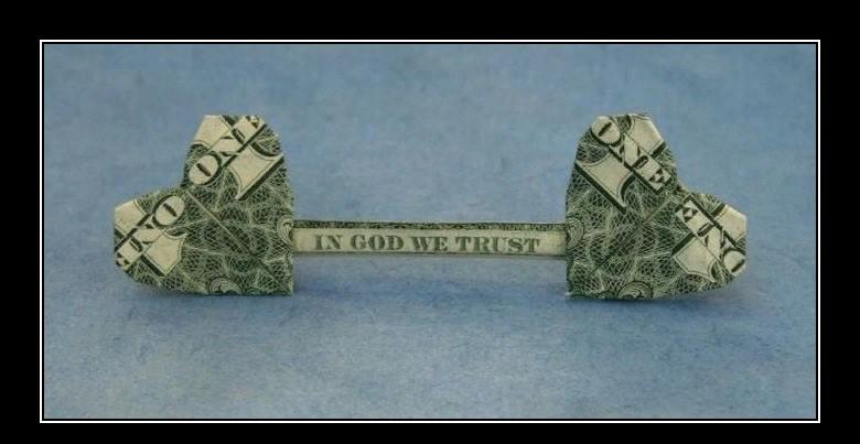 Более того, правило деньги к деньгам работает, то есть чем вы богаче, тем вы богаче.
